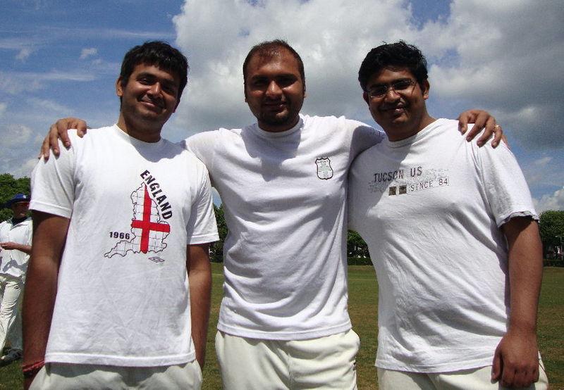 Indian Trio (800x554, 65535)